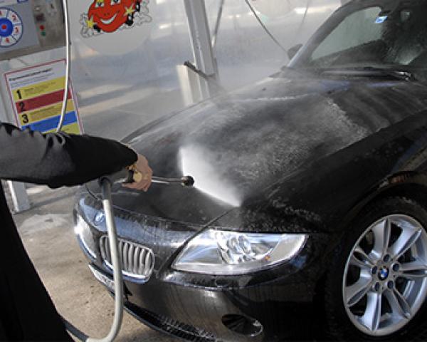 Stutzliwosch Autowasche Autoinnenreinigung Auto Waschen In Aarau